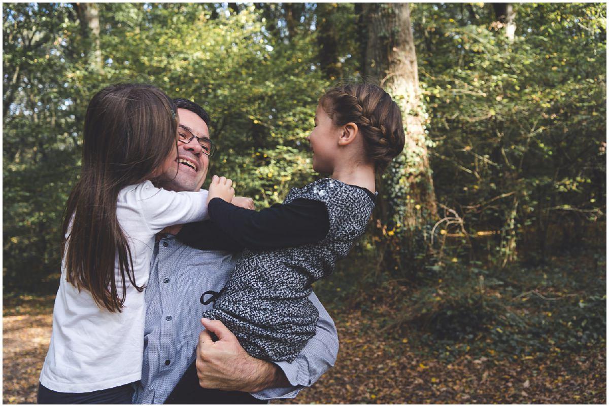 Une séance photo en famille en forêt