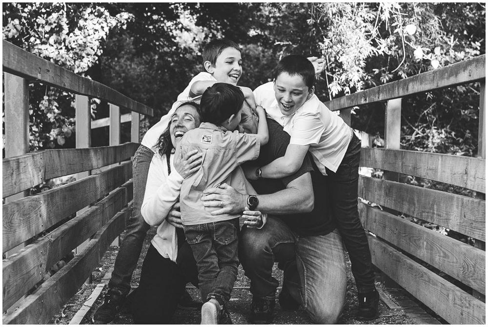 séance photo famille Vern sur Seiche.jpg